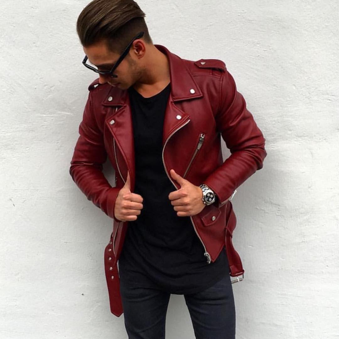 Veste en cuir rouge